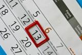 Piątek trzynastego, czyli najbardziej nieudany dzień w roku. Dlaczego pechowy? Na co lepiej uważać?