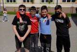 Bez klasówek i odpytywania. Tak wygląda powrót do nauki stacjonarnej w Szkole Podstawowej nr 24 w Toruniu (mamy zdjęcia)