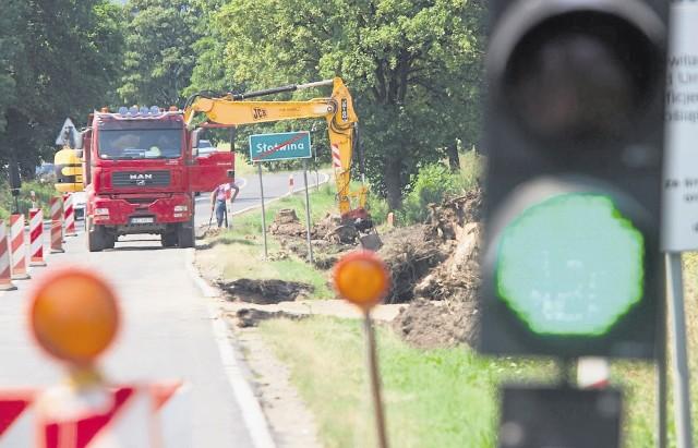 Budowa drogi trwa od połowy 2009 roku i szybko się nie skończy