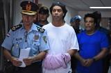 """Ronaldinho nie wiedział, że posługuje się fałszywym paszportem? Adwokat: """"On jest po prostu głupi"""""""