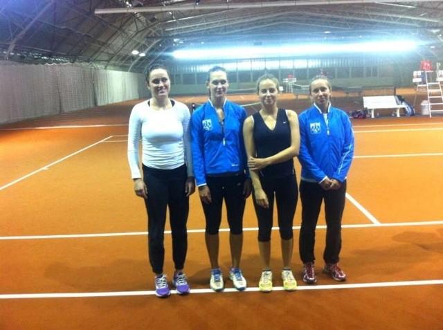 AZS Poznań. Od lewej:  Katarzyna Kawa, Barbara Sobaszkiewicz, Julia Przybylska, Elżbieta Iwaniuk. Brakuje na zdjęciu Sylwii Zagórskiej
