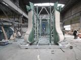 Skomplikowane prace nad odbudową wieży na Świętym Krzyżu. Firma zdradza niezwykłe tajemnice (WIDEO, zdjęcia)