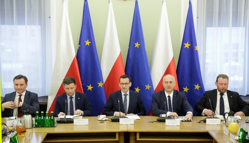 Zakończyło się spotkanie premiera z opozycją. Będzie wspólna praca nad rozwiązaniami prawnymi ws. przestępców
