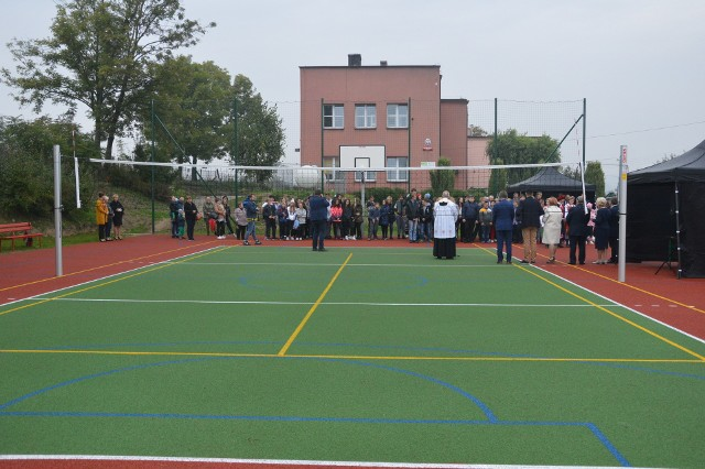W ubiegłym roku przy SOSW w Zagorzycach powstało nowe boisko. Teraz jest szansa na budowę sali gimnastycznej.
