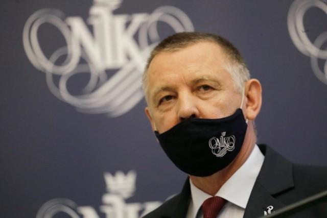 Uchylenie immunitetu szefa NIK Mariana Banasia. Jak zamierzają głosować kluby i koła sejmowe?