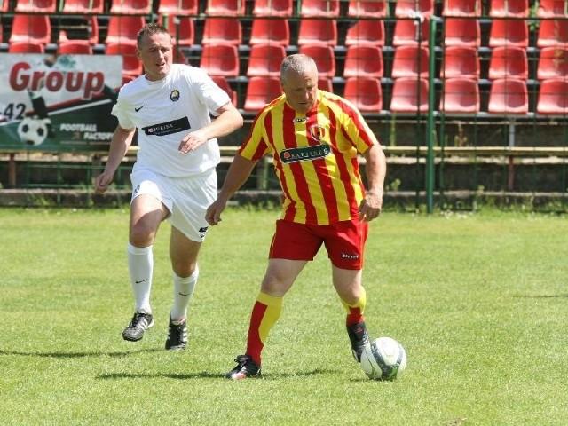 W akcji Henryk Kiszkis, strzelec honorowego gola dla Korony w meczu ze Stalą Mielec.