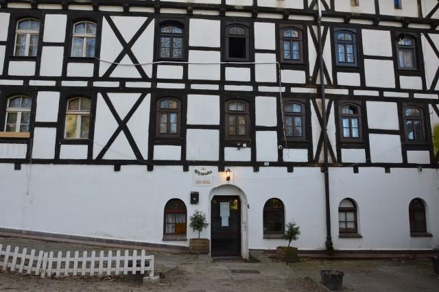 Kultowy pensjonat w Żaganiu idzie pod młotek. Można będzie go kupić w cenie domu jednorodzinnego