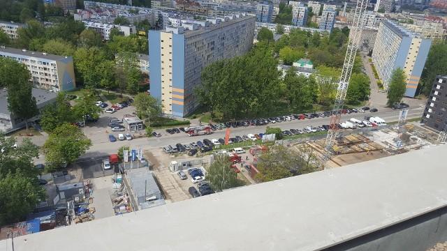 Akcja ściągania operatora dźwigu we Wrocławiu