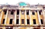 Kompleks zamkowo - pałacowy w Żarach. Największy zabytek w mieście mógłby być piękną atrakcją