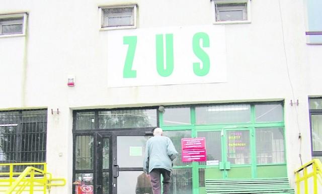 W Łodzi ZUS kontroluje niezdolnych do pracy w placówce przy ul. Brzezińskiej, gdzie jest siedziba wszystkich orzeczników.