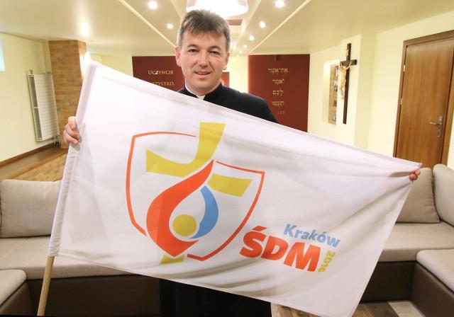 - Chcemy, żeby młodzi ludzie wyjechali od nas umocnieni w wierze i z dobrym wrażeniem o naszej ojczyźnie, o naszej parafii - mówi ksiądz Tomasz Szczepanik.