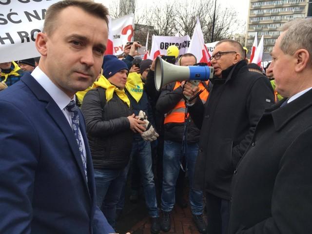 Michał Cieślak, poseł Prawa i Sprawiedlowości razem z grupą świętokrzyskich przedsiębiorców pracuje nad poprawkami do nowej ustawy o podatku od handlu detalicznego.