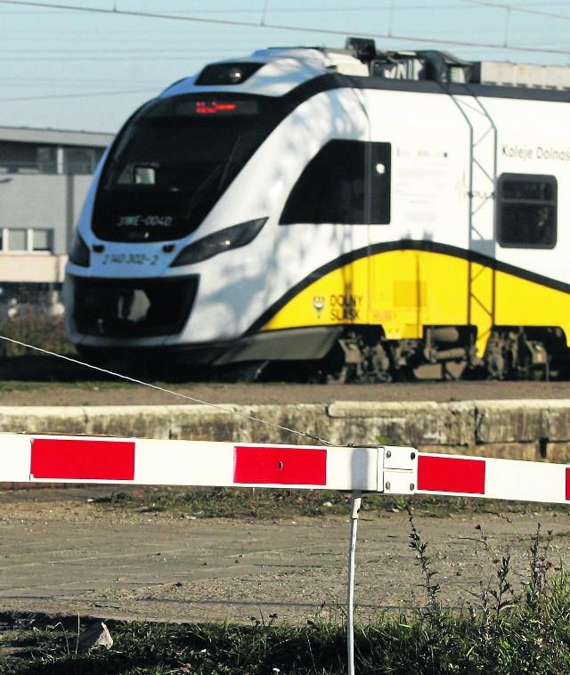 Szynobusy od 15 grudnia nie będą jeździły już z Wrocławia do Wołowa i Jelcza-Laskowic. Mieszkańcy żałują