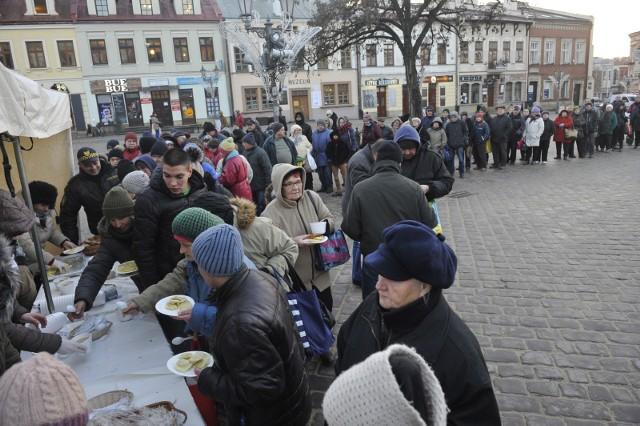 21.12.2016. rzeszow . wigilia dla mieszkancow rzeszowa   na rynkufot bartosz frydrych