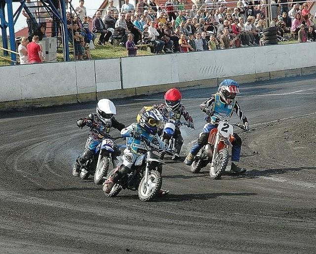 Działacze Speedway'a Wawrów są prekursorami wyścigów na ,,50-kach''. Dziś najlepszy w kraju jest w tej specjalności gorzowianin Jacek Fajfer.