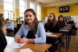 XIX Podlaskie Mistrzostwa w Ortografii. Sprawdź z jakimi pułapkami zmierzyli się uczniowie (zdjęcia, tekst dyktanda)