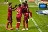 Ekstraklasa. Osłabiona Legia wygrała z Rakowem. Tabeli lideruje jednak rozpędzona Pogoń