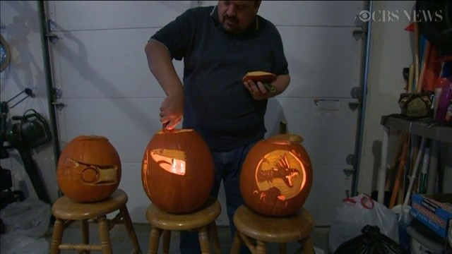 Dyniowe dekoracje na halloweenZdobienie dyń na halloween może być sztuką (wiedo)