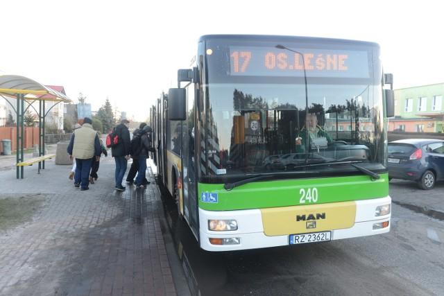 Ostatnie autobusy odjadą przed godz. 20.00