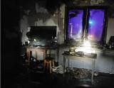Pożar budynku mieszkalnego w powiecie bialskim. Straty oszacowano na 20 tys. zł. Zobacz zdjęcia