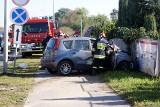 Kalisz: Kierowca nissana zginął w czołowym zderzeniu z ciężarówką [ZDJĘCIA]