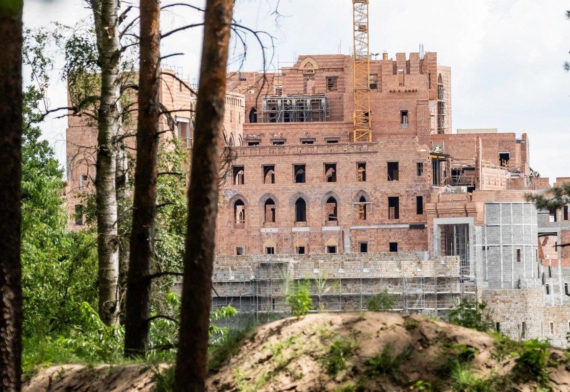 Zamek W Stobnicy Mieszkańcy Wsi Budowa Jest Owiana Tajemnicą Nic