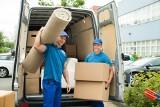 Jak skutecznie i tanio przetransportować swoje rzeczy do nowego mieszkania?  TOP 5 sposóbów na szybką i sprawną przeprowadzkę