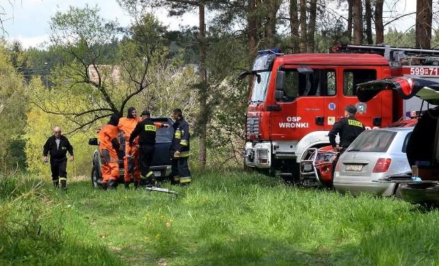 Na miejscu zdarzenia pracowali strażacy, policja i prokurator