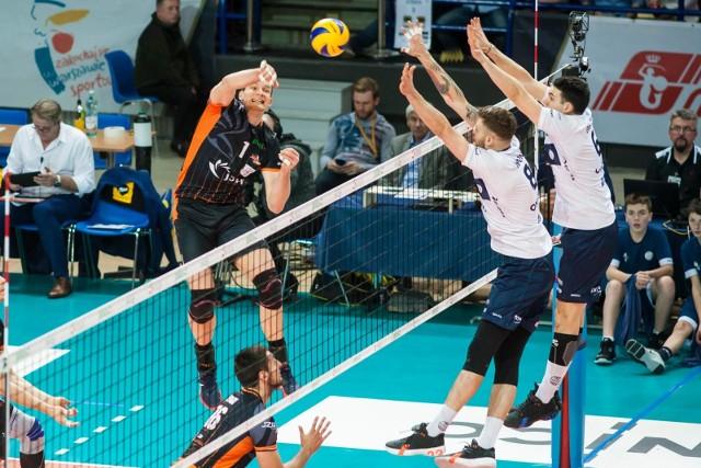 W tym sezonie drużyny ONICO i Jastrzębski Węgiel grały ze sobą już trzy razy.