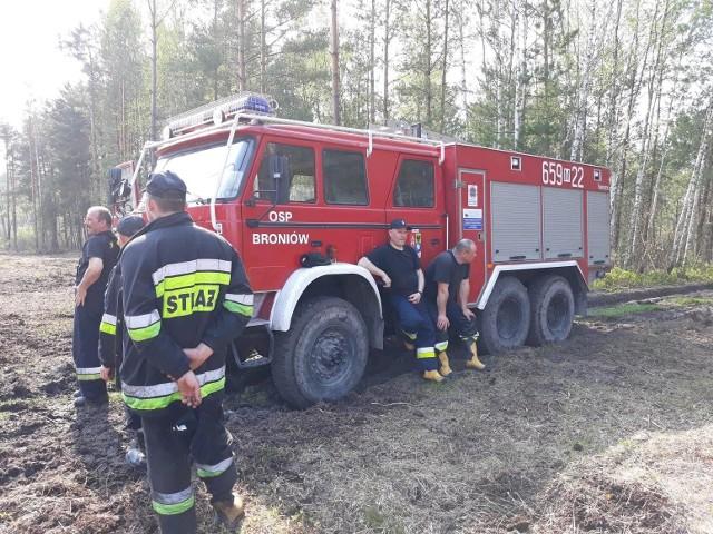 Strażacy z Broniowa najczęściej wyjeżdżają do pożarów traw, łąk i nieużytków. To plaga w gminie Chlewiska i powiecie.