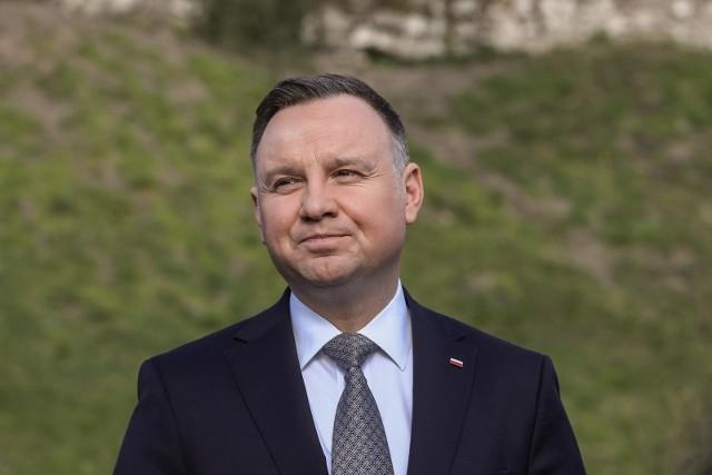 - Realizacja CPK to ok. 150 tys., miejsc pracy. Dodatkowo powstanie 1800 km nowych linii kolejowych- mówił Andrzej Duda.