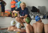 Ruda Śląska: Otylia Jędrzejczak uczy pływać w Aquadromie. To projekt Otylia Swim Tour