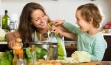 Jak zachęcić dziecko do pomocy w domu? Jakie powinno mieć obowiązki?