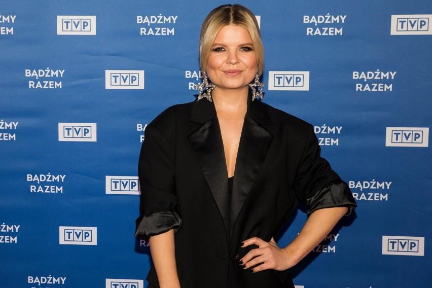 """Marta Manowska błyszczy na scenie show muzycznego """"The Voice..."""