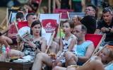 Fani wspierali reprezentację Polski na Wyspie Sobieszewskiej. Kibice biało-czerwonych mieli powody do zadowolenia i dumy [zdjęcia]