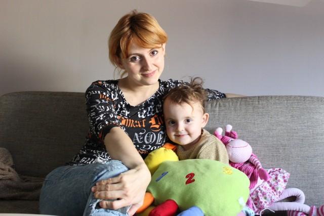 Córeczka Justyny ma dwa latka i jest okazem zdrowia. Lubi zdrową kuchnię mamy.