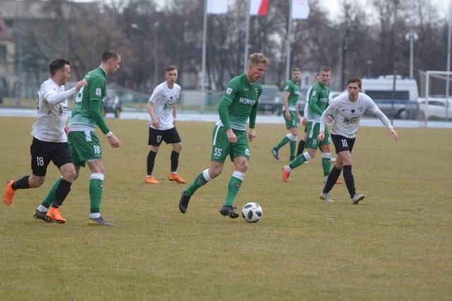 W ostatniej kolejce Radomiak pokonał Rozwój Katowice 2:0. W niedzielę zagra w Pruszkowie.