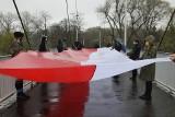 Największa w Sieradzu Biało-Czerwona na Białym Moście - ZDJĘCIA
