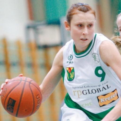 Niesamowita Agnieszka Golemska poprowadziła swój zespół do wygranej. Oprócz 26 punktów miała 3 asysty, 4 zbiórki i 5 przechwytów.