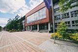 Sesja egzaminacyjna 2020 coraz bliżej. Kiedy i w jakiej formie studenci śląskich uczelni podejdą do egzaminów?