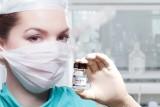 500 zł dla zaszczepionych to nowy pomysł rządu. Młodzi w wieku 18-25 lat dostaną 500 złotych za szczepienie przeciwko COVID-19?