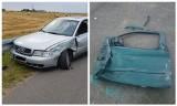 Kolizja na drodze Rzędziany - Saniki. Kierowca stracił drzwi i uciekł w kierunku Tykocina