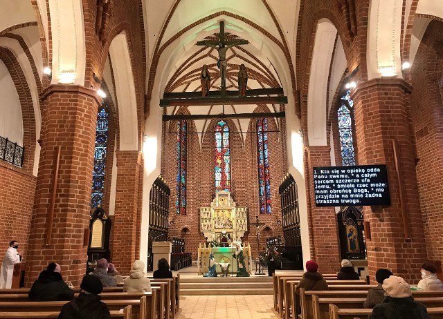 W katedrze gorzowskiej po remoncie jest zdecydowanie jaśniej niż przed pożarem.
