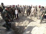 Irak: Odkryto masowe groby ofiar ISIS