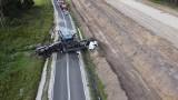 Wypadek na DK5 pod Bydgoszczą. Cysterna z mlekiem przewróciła się na jezdnię! [zdjęcia]