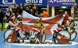 Mecz Torus Wybrzeże Gdańsk - Stal Mielec. Cheerleaderki na wózkach podczas występu szczypiornistów [zdjęcia]