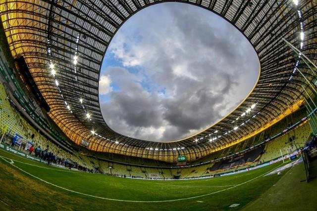 Coraz bliżej zakończenia sezonu 2020/2021 w PKO Ekstraklasie i nagród pieniężnych za konkretne miejsca w tabeli