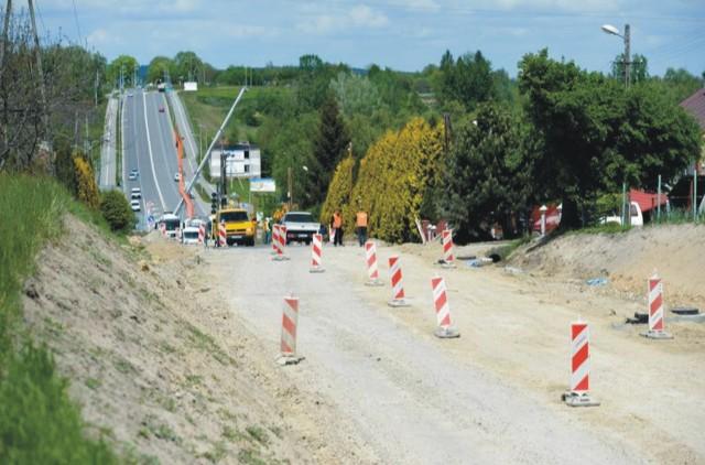 Remont drogi z Przemyśla do Malhowic.