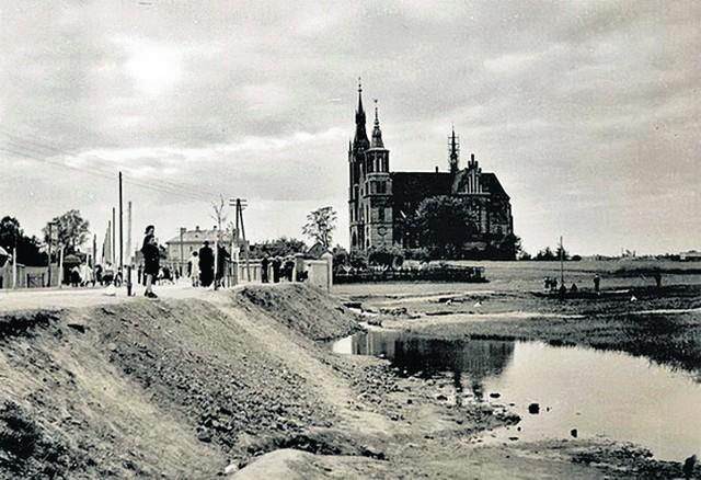 Niedawno Łódź obchodziła rodziny. Nasze miasto nie ma tak bogatej tradycji jak chociażby Kraków. Istnieją jednak ciekawe łódzkie legendy.Łódzkie legendy na kolejnych slajdach