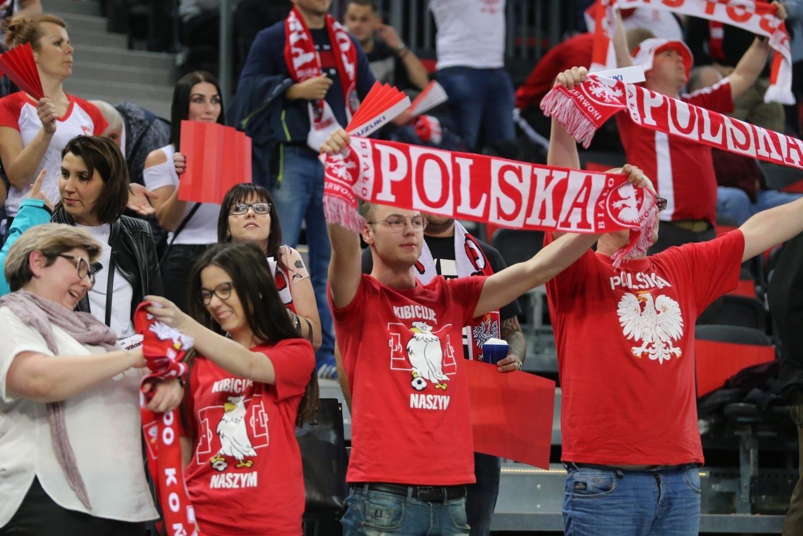 cca08f606 Polska - Niemcy w Arenie Gliwice: mecz eliminacji Euro 2020 piłkarzy  ręcznych obserwowalo blisko 10